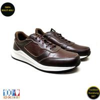 Sneakers pria terbaru bahan kulit sneakers premium RN 03