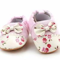 sepatu prewalker bayi perempuan