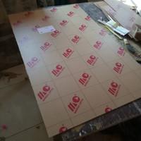 acrylic lembaran 45x39 cm