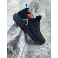 Sepatu running ortuseight Frontier Allblack gold new 2020