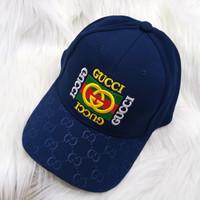 topi wanita branded