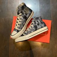 Sepatu Converse One Pieces
