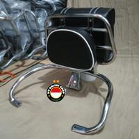 paket hemat aksesoris Vespa LX/S . back rack front rack dan windshield