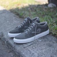 TERBARU Sepatu Sneaker pria Original by KUZATURA