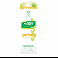 Acnes White and Oil Control Moist 40gr