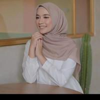 Jilbab Hijab kerudung Segiempat Voal Japan Polos By Azara 110x110 cm