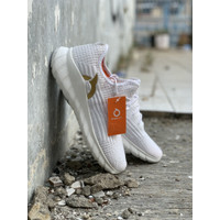 Sepatu running ortuseight Frontier Offwhite new 2020