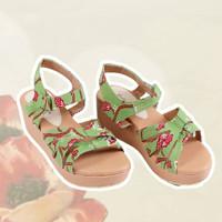 Novita Green Wedges Batik Handmade