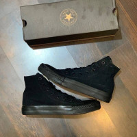 Sepatu Converse Classic