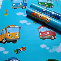 Wallpaper dinding 3D Karakter Tayo awan biru 10mx45cm