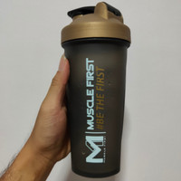 SHAKER MUSCLEFIRST 700ML M1 MUSCLE FIRST