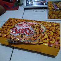 Coklat Silverqueen Bites Cashew (mete) 1 Box