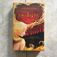 buku Novel preloved Tetralogi Twilight Saga - Stephenie Meyer bhs indo