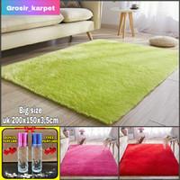 karpet bulu empuk dan kembut uk 150x200x3cm