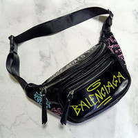 Waistbag BALENCIAGA Grafitti Chest & Belt Bag Premium