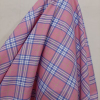Kain Kotak Semi Wool ( Merah Muda - Garis Biru )