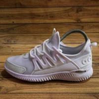 Adidas Alphabounce Women / Sepatu Sneakers / Wanita Running Casual