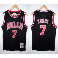 JERSEY BASKET NBA HWC BULLS #7 TONI KUKOC HITAM 97/98 MITCHELL&NESS