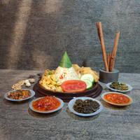 nasi tumpeng mini ulang tahun Ayam Retak