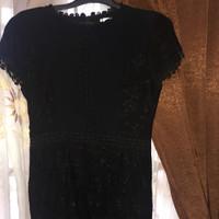 Preloved dress hitam brokat