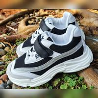 Sepatu Anak Import A821-1 Black