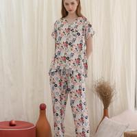 Arabella set in White Abstract - Sleepwear / Piyama Baju Tidur Rayon