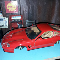 Diecast Loose hanya Body Ferrari 550 Maranello Maisto 24