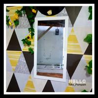 Cermin Dinding ukuran 34,5x64,5cm