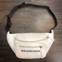 Waist bag pria branded import balenciaga explorer