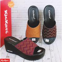 Sandal Wedges wanita kickers murah / sendal selop / sendal etnik batik