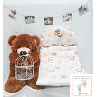 Sleeping Bag Selimut Bayi Topi Van & Vie / Tidur Bayi