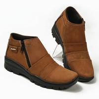 Sepatu Boot Pria Boots Touring Casual Kulit Asli Resleting BKS09PU