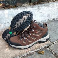 Sepatu gunung karrimor mount mid waterproof