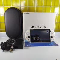 PS Vita Slim White Glacier