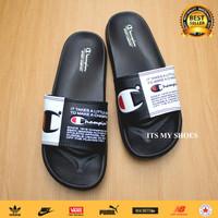 Sandal Slop Pria Wanita Champion-Karet-Hitam Putih-Logo