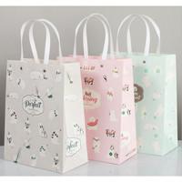 Paper Bag/Kantong Kado/Bungkus Kado/ Tas Kado Ulang Tahun Natal