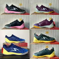 Sepatu futsal specs metasala knight dark granite 400733 original