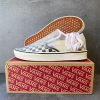 Vans Checkerboard Comfycush Slip-Skool US 9 - 100% Authentic