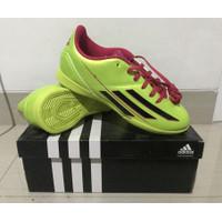 CUCI GUDANG Sepatu Futsal / Mini Soccer Adidas F5 IN JR Original BNIB