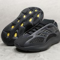 Sepatu adidas yeezy 700 V3 ALVAH black