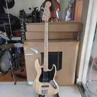 BASS ELEKTRIK FENDER JAZZ BASS MM CUSTOM
