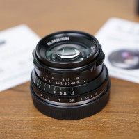 Lensa 7Artisans 35mm f1.2 for Sony E-Mount - LENS BOKEH