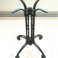 Kaki Meja Besi Cafe Resto / Cast Iron / Table Base Informa Margeritha