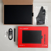 One by Wacom CTL-672 (medium) pen tablet (2nd like new)