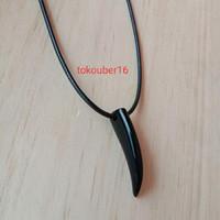 kalung taring kalung pria kalung cowo kalung tali Korea mengkilap kt01