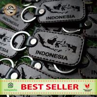 Gantungan kunci INDONESIA terbuat dari kulit sapi asli ketebalan 0,4cm