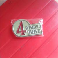 emblem 4 wheel Drive Toyota 2F