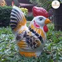 Celengan Ayam Pelangi - Souvenir Gerabah Unik