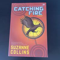 Preloved buku novel bekas Catching Fire Suzanne Collins