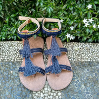 Sandal Boho Cewek Cantik Rumbai Navy